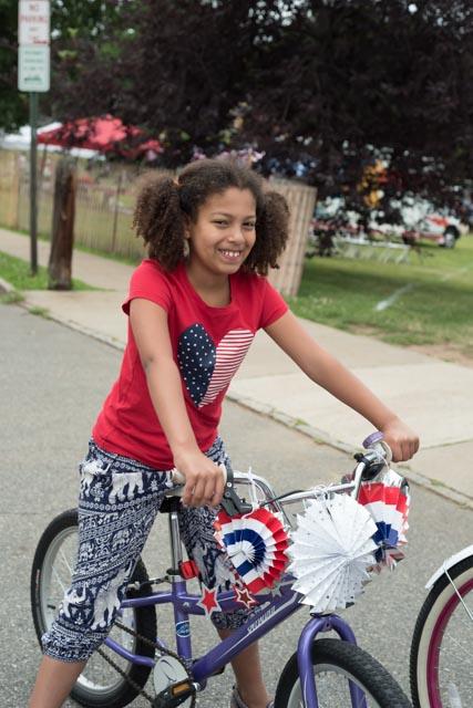Maplewood Debuts Bike Repair Station In Maplecrest Park